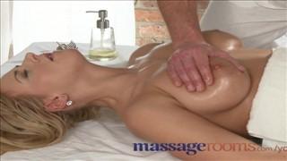 masaż piersi porno wideo