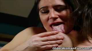 Bujne czarne mamuśki porno