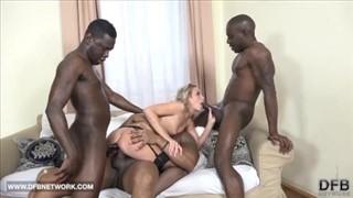 Grupowe i zapoznawcze porno