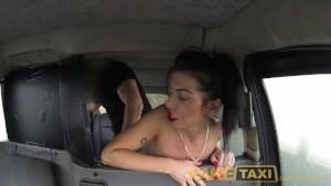 Boska seks zabawa w taksówce