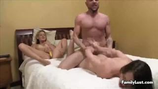 Seks na pieska z Francuzem w trójkącie