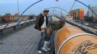 Publiczny seks z odważną sunią