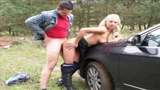 Seks na masce auta