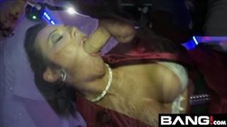 Seks z idealnymi paniami na imprezie