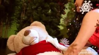 Świąteczny seks z misiaczkiem
