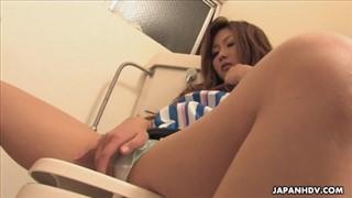 Japoński seks w toalecie