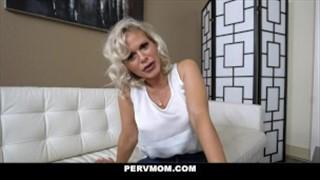 Seks z boskimi i związanymi paniami