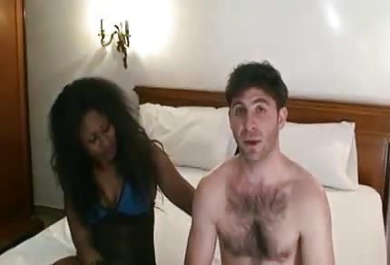 Koleś na seks castingu dostał murzynkę