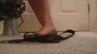 Kolo lubi kobiece stópki