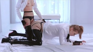 Kobiety imprezują porno