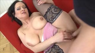 Darmowe okrągłe mamuśki porno