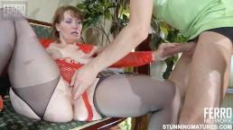 Rosyjska mamuśka z cudnymi piersiami