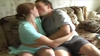 Zabawa z rudą żoną przed kamerą