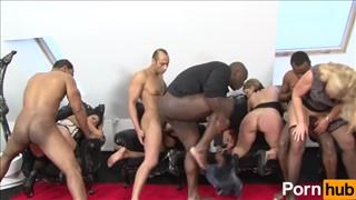 Grupowa penetracja łatwych suczek
