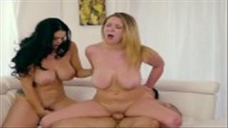 Szalone zabawy dojrzałych lesbijek