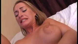 Długie porno z ostrymi suczkami