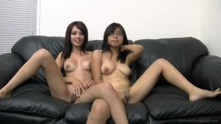 Seks podczas kastingu z dwiema laskami